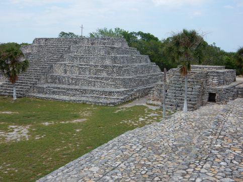 5-11-16-xcambo-ruins-mx-5